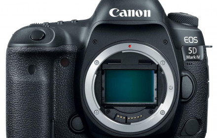 Canon 5d Mark IV su 64Gb SD Memory Card