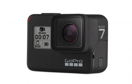 GoPro Hero7 Black Edition su pakrovėju