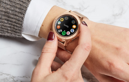 Samsung smart watch rose