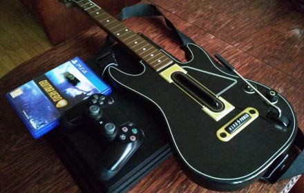 PS4 Pro su Guitar Hero Live Ps4