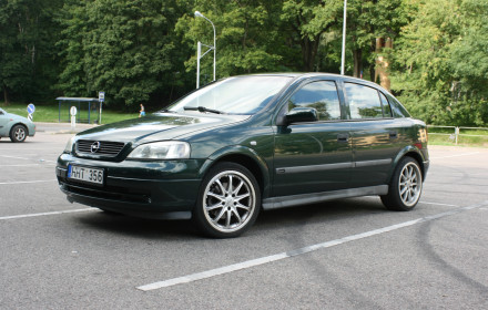 Opel Astra dyzelis 74 kW